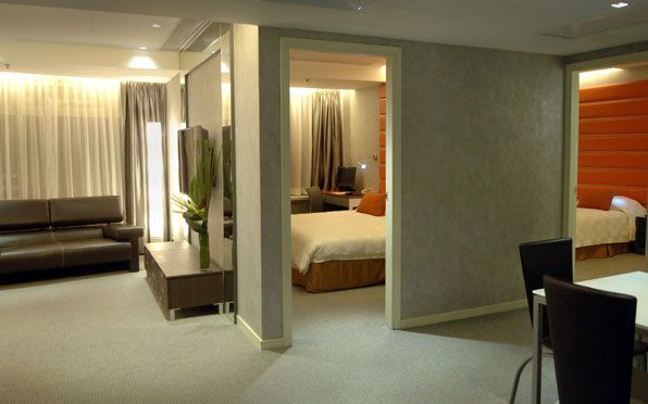 Suite Hotel Hong Kong Two Bedroom Suite At Cosmo Hotel Wan Chai Amazing Cosmopolitan 2 Bedroom Suite